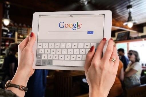 Koniec zakazu reklamy kryptowalut przez Google