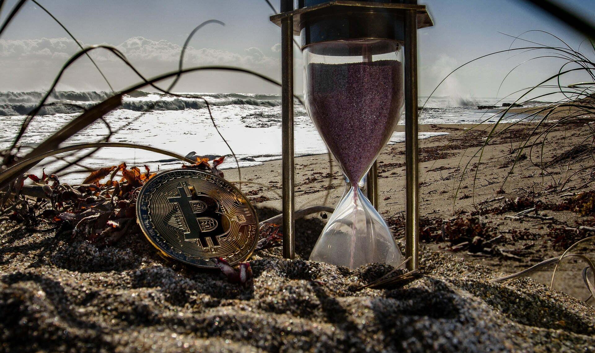 Bitkom: 1/3 dużych firm stawia blockchain na równi z internetem