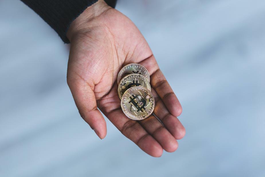 wypłaty w kryptowalutach podatki nowa zelandia płaca wynagrodzenie tax bitcoin kryptowaluty