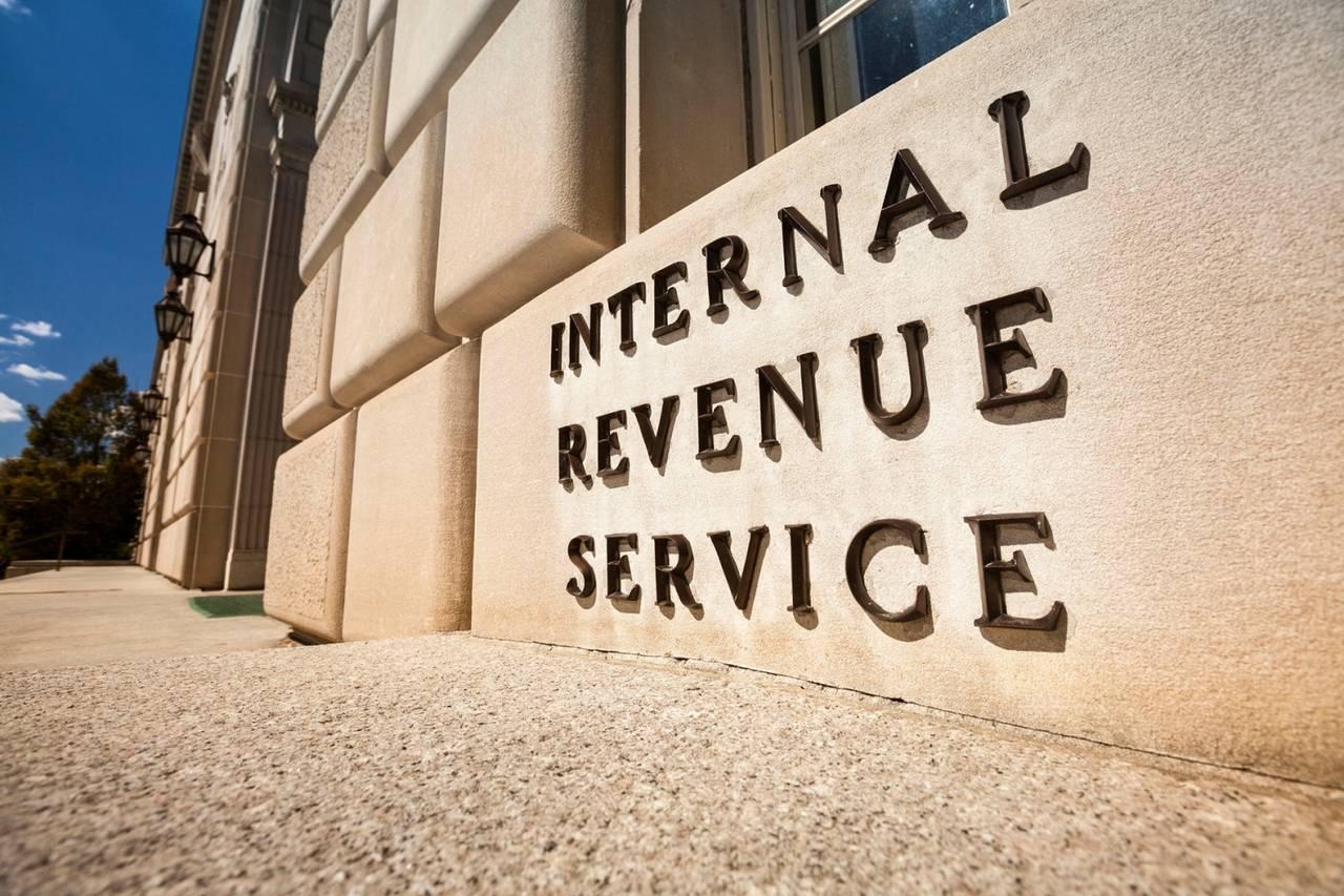 """Urząd Podatkowy w USA zleca """"hackowanie"""" portfeli"""
