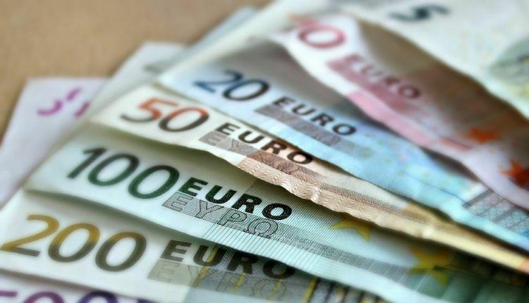 Binance usunie pary handlowe euro, dolara australijskiego i funta